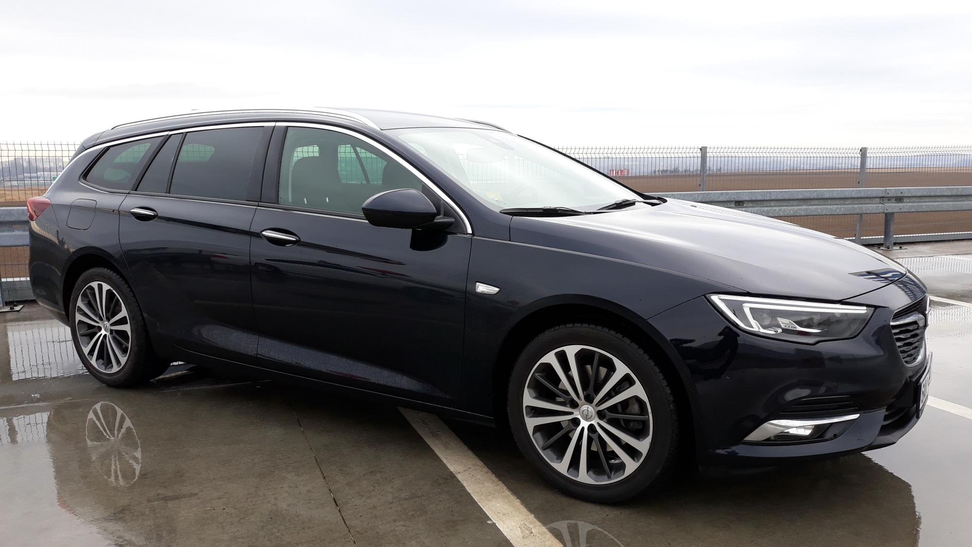 Opel Insignia Sports Tourer Nejlep Nerovn Se Prvn Autozine 2018