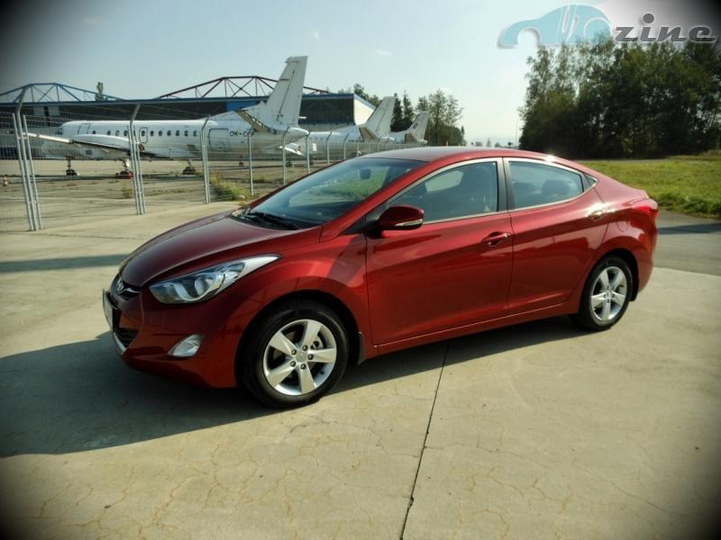 TEST Hyundai Elantra 1,6 MPI - Elegantní pohoda