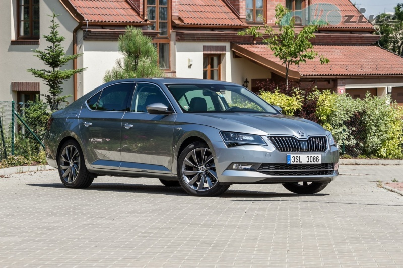 TEST Škoda Superb