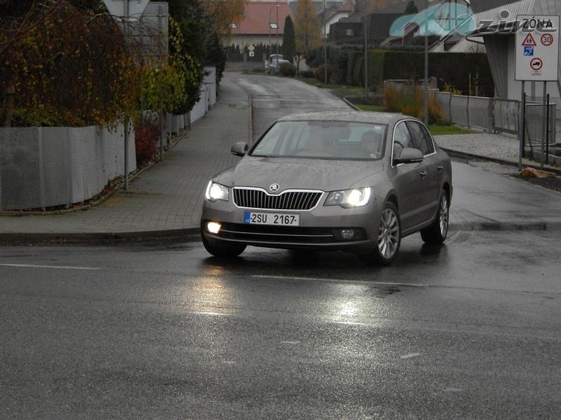 TEST Škoda Superb FL 2,0 TDI DSG Elegance - Luxus po česku