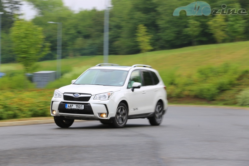 TEST Subaru Forester XT