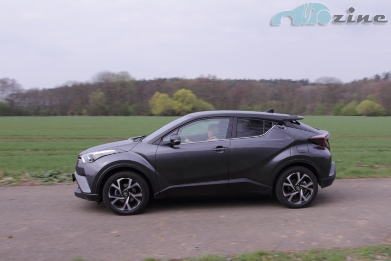 TEST Toyota C-HR 1.2 Turbo