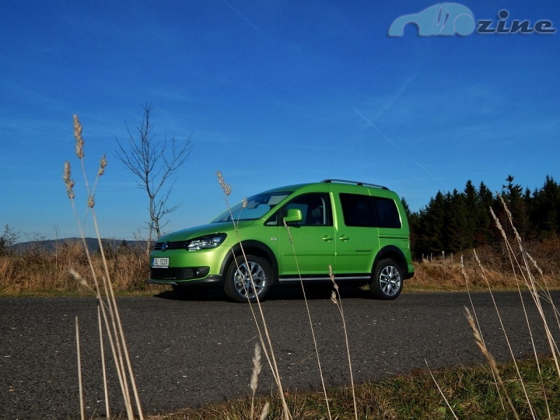 TEST Volkswagen Cross Caddy 2.0 TDI 4Motion - Dělník ve svátečním